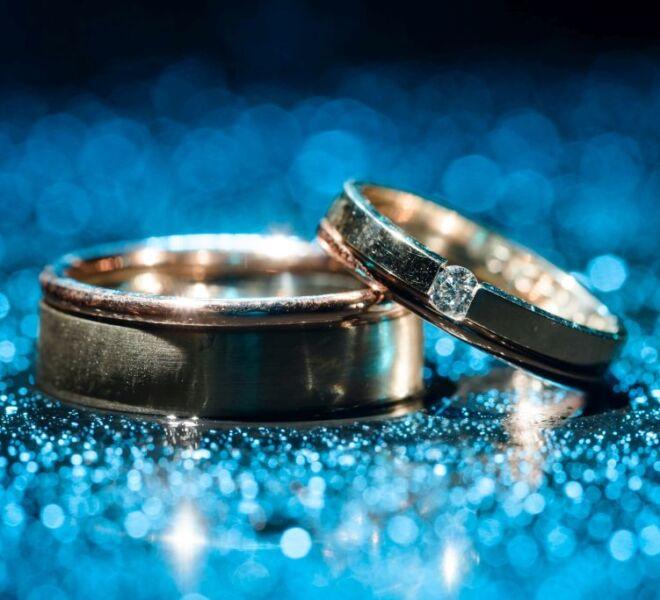 trouwfotografie bruidsfotograaf Nijmegen creatief met licht trouwringen