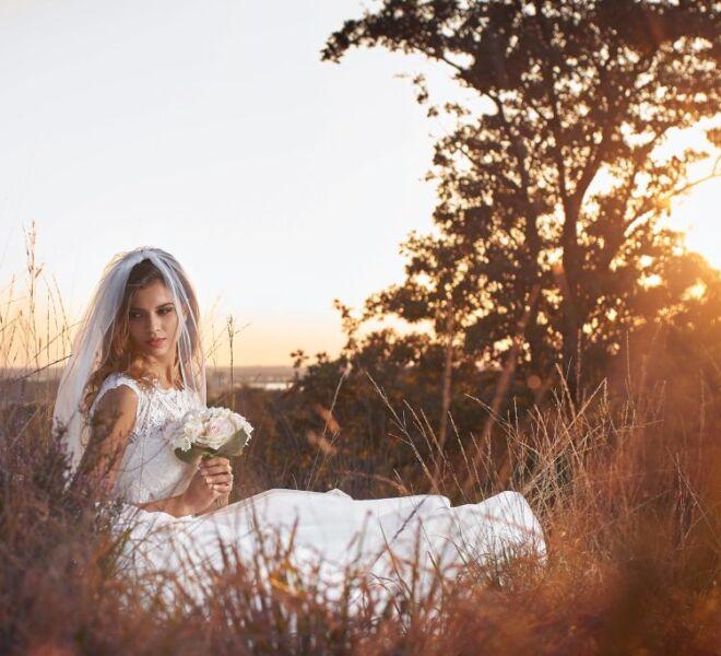 Trouwfotograaf Nijmegen - bruidsjurken mookerhei